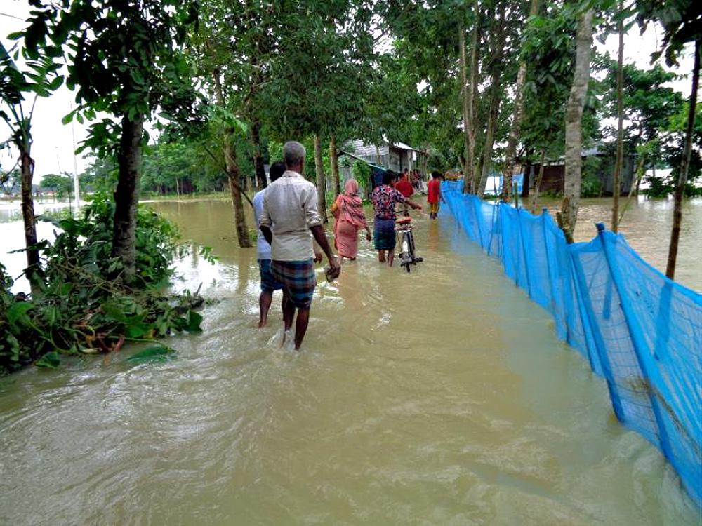 HILFE - Unsere  Projektregion in Huzurikanda in Bangladesch steht unter Wasser!