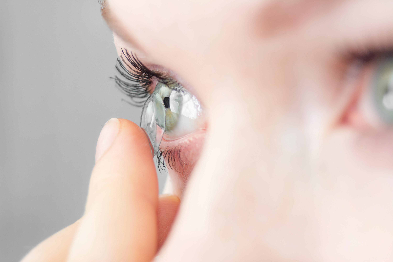 Kontaktlinsen als Sehhilfe, Schutz und Heilmittel